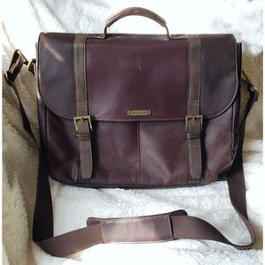 Heritage leather laptop bag, crossbody